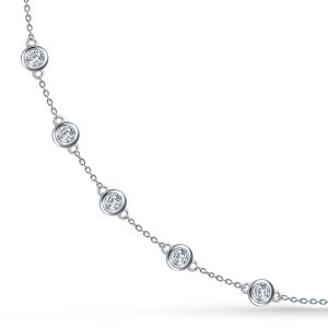 Diamond pendant Necklaces